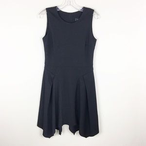 Karen Kane | Classic Black Sleeveless Dress - E95